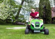 Best Riding Lawn Mower under 1500