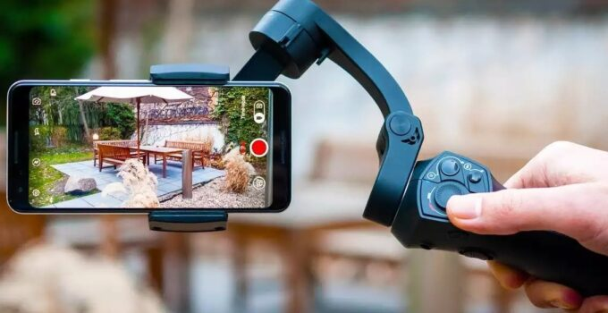 10 Best Smartphone Gimbal Stabilizer Under 200$ 2021 – Review and Buying Guide
