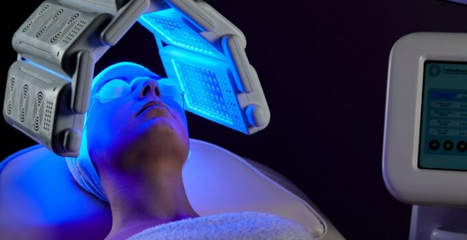 5 Best LED Light Therapy Devices For Treating Acne
